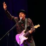 Ronnie Baker Brooks-saluta_web